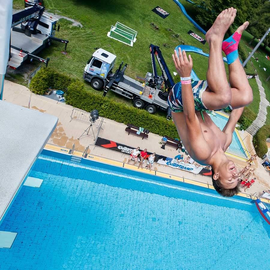 Lanz-Rutesheim-Stuttgart-Splashdiving-3-Gallery-OS